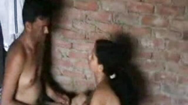 बेब भारत के पानी बीएफ सेक्सी फिल्में मूवी में