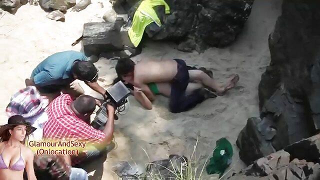 किशोर जिया प्यार देता है, हिंदी में सेक्सी बीएफ मूवी पर