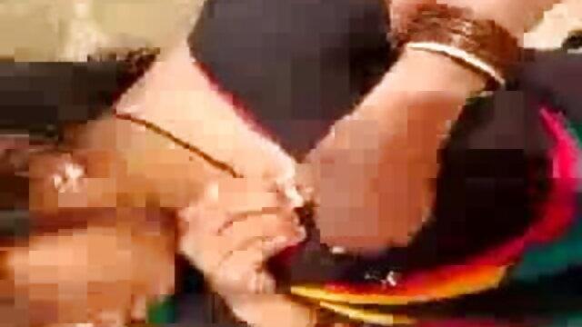 पतला श्यामला उसके बीएफ सेक्सी वीडियो मूवी पुराने प्रेमी को पूरा करने के लिए