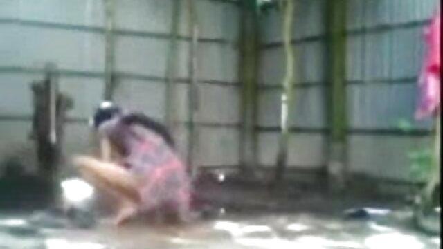 मांसल बीएफ मूवी सेक्सी फिल्में व्यापारी जॉय जम्मू से बंधे पैर खा असामान्य